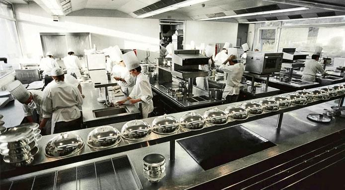 l_7469_restaurant-kitchen.jpg